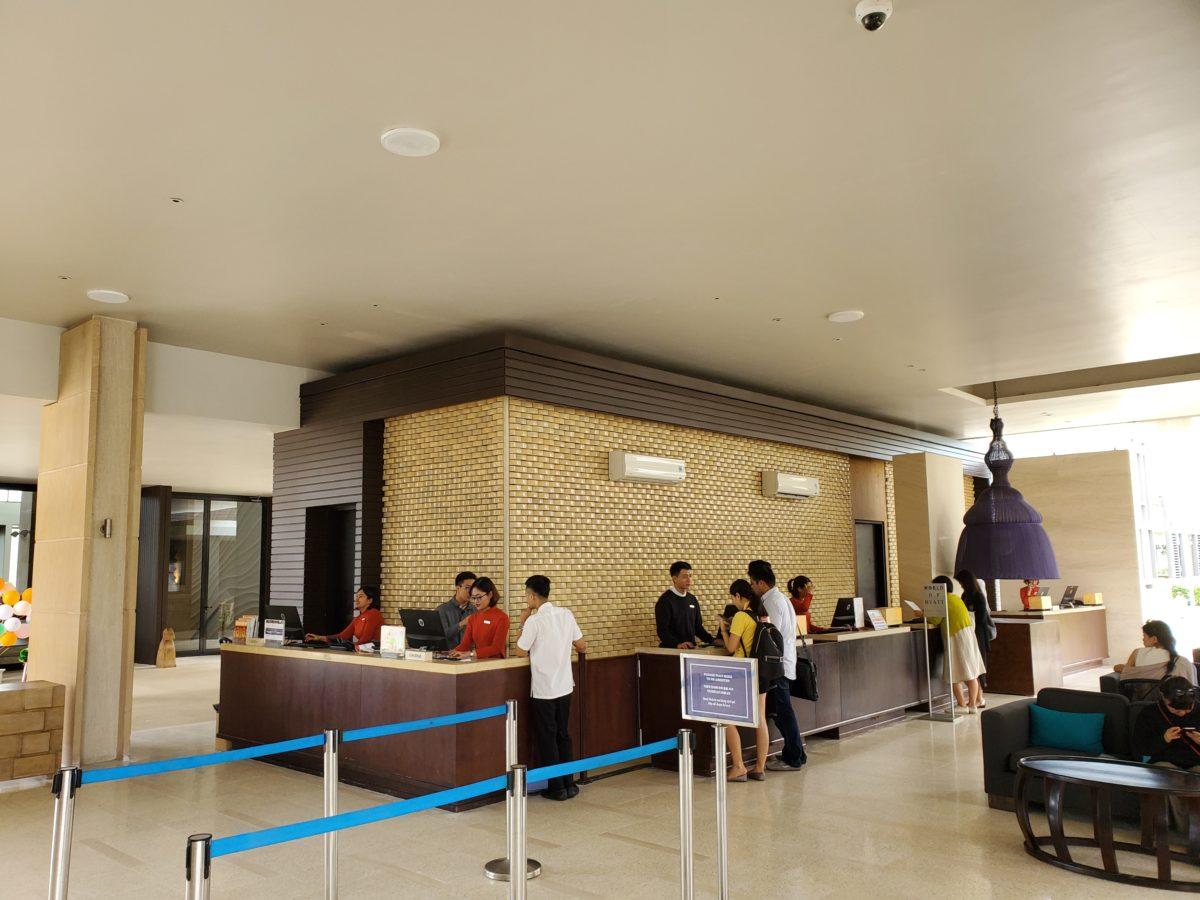 HYATT_REGENCY_Danang_Resort&Spa_front