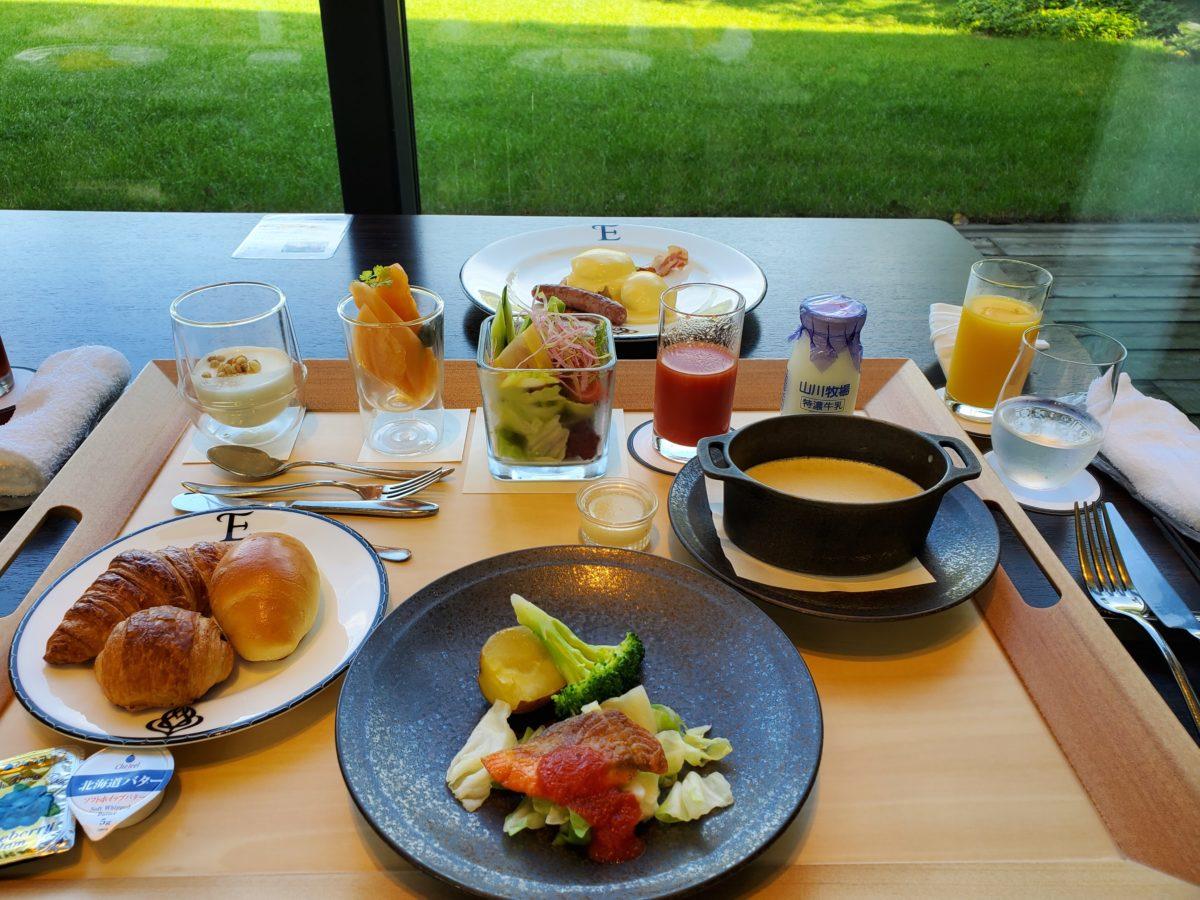 エプイ 朝食
