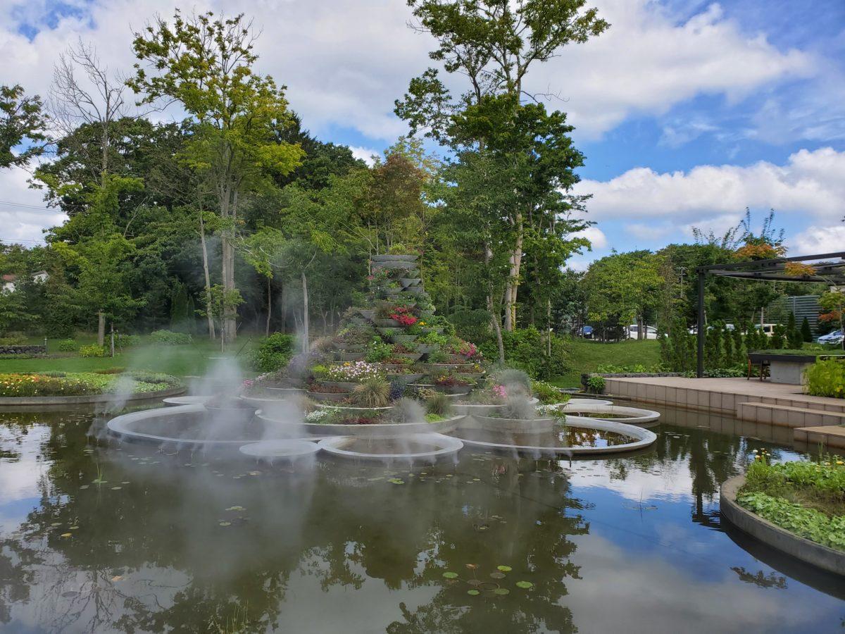 鶴賀リゾートエプイ 中庭