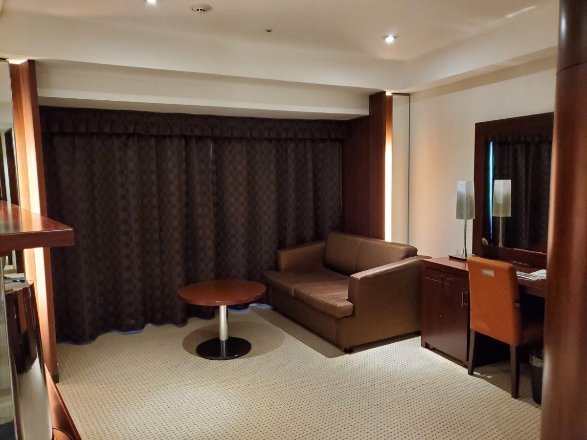 新横浜プリンスホテル_デラックスキングw/シーリーベッド